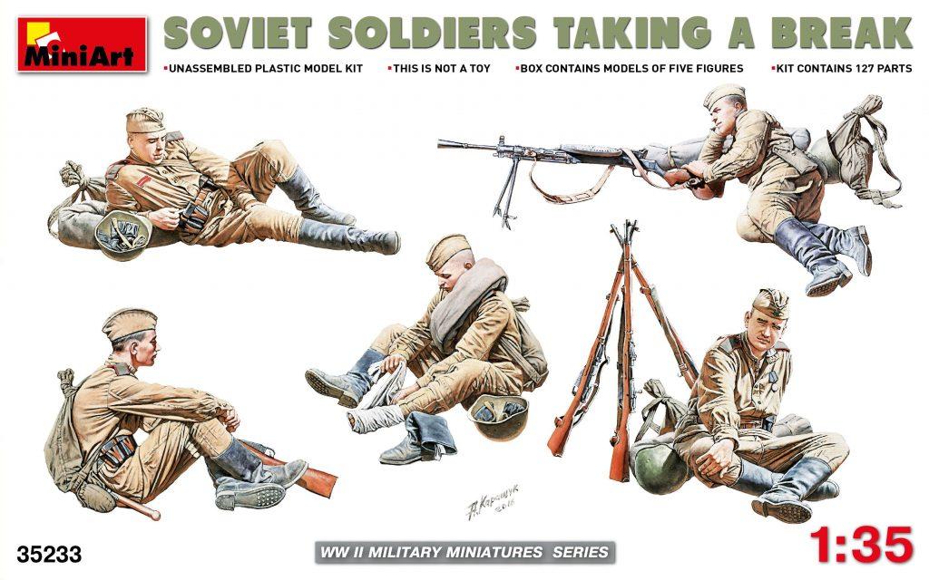 SOVIET SOLDIERS TAKING A BREAK  MA 35233  19 95